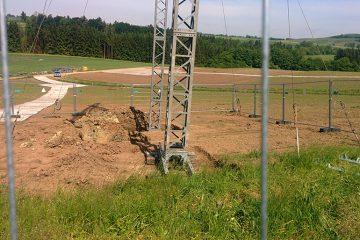 Temporäre Baustraßen vermindern Bodenverdichtungen und werden nach dem Ende der Bauphase wieder vollständig entfernt. Foto: Netze BW