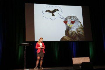 Science Slam 2018 - Franziska Janke auf der Bühne. Foto: Monic Weichelt